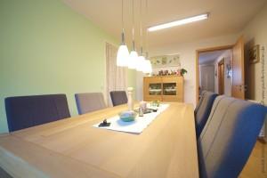reiheneckhaus_buchloe_wohnzimmer_esszimmer1