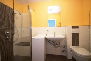 eigentumswohnung_buchloe_badezimmer1