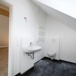 Dachgeschoss-Badezimmer1