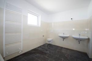 Obergeschoss_Badezimmer1