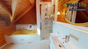 Einfamilienhaus_BadWoerishofen_Badezimmer1