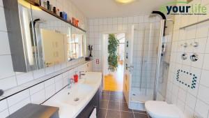 Dachgeschosswohnung_Kaufbeuren_Badezimmer2